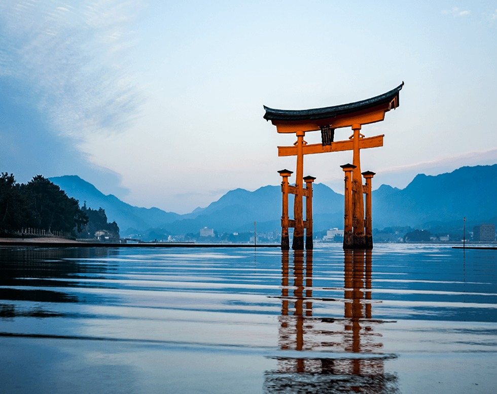 【Updated on March 2021)                           Japan Investment Immigration Guide
