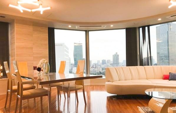 Minato Ward Akasaka Park Court Akasaka – South Facing 2 Bedrooms Apartment