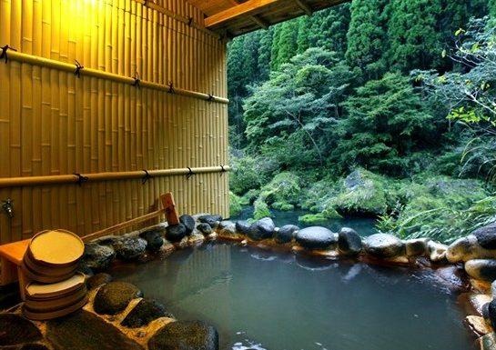 【ONSEN RYOKAN】 100% Natural hot hydrogen carbonate spring in Kyushu